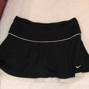 Nike Dry Fit Black Skirt w BuiltIn Shorts Size S!